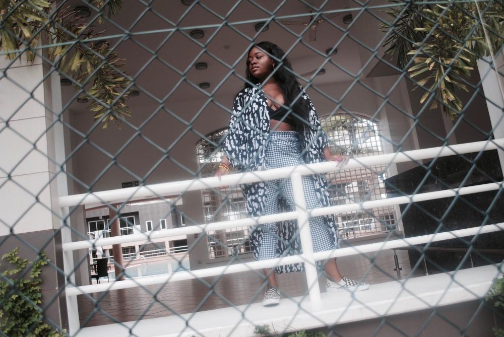 monochrome - braltte - checkered pants - vans - prints 19